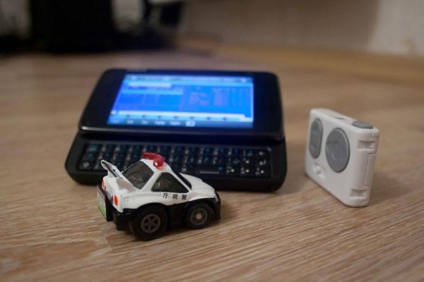 Машинка Q-steer, управляемая наклонами Nokia N900