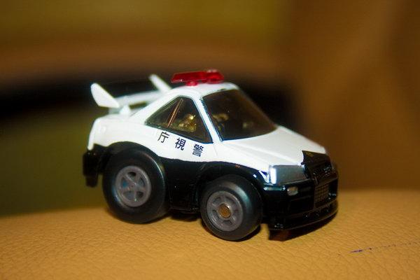 Маленькая управляемая машинка Q-steer