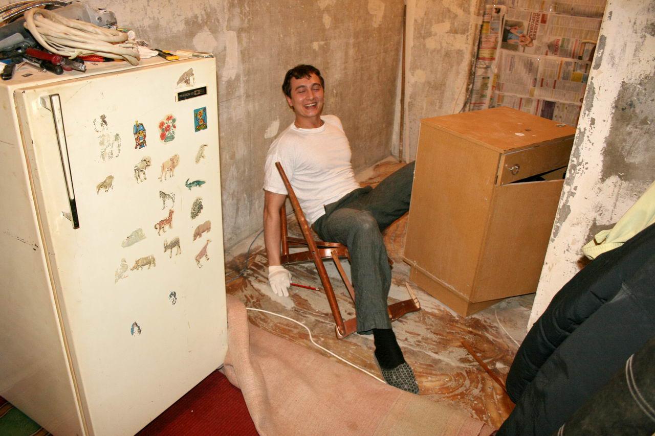 Фото в кухне у тещи 13 фотография