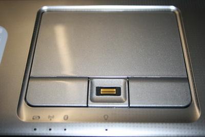 Тачпад со сканером отпечатков пальцев