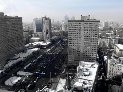 Новый Арбат, в сторону Москва-Сити