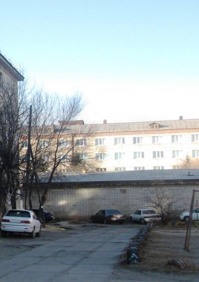 Двор. Слева - дом №64 ул. 40 лет Октября
