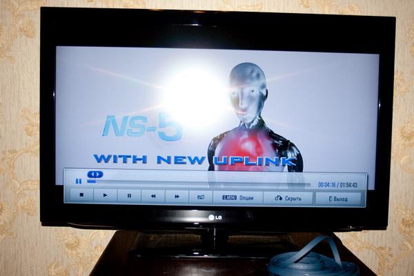 Воспроизведение видео встроенным плеером на LG 42LD450